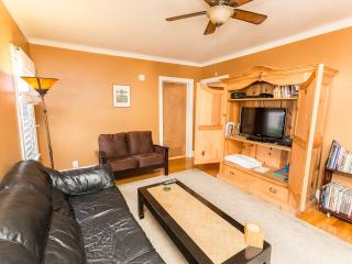 The Best Apartment in Beachwood - Los Angeles vacation rentals