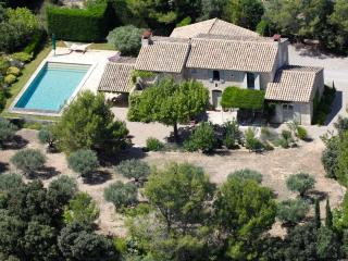 Luxury Provence Farmhouse in Eygalieres - Eygalieres vacation rentals
