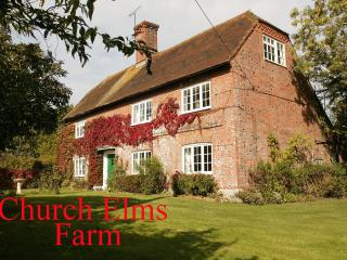 4 bedroom Cottage with Internet Access in Woodchurch - Woodchurch vacation rentals