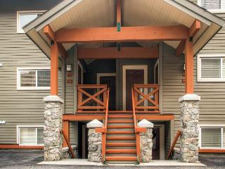 Trappers Crossing 28, Centrally Located in Big White Ski Resort, Great Value - Big White vacation rentals