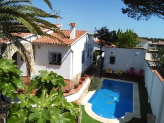 Delightful Villa close to the beaches - PALMERA - L'Escala vacation rentals