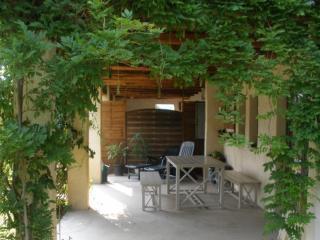 Le Gite Terrasse et Jardin Barbecue AnduzeCévennes - Vabres vacation rentals