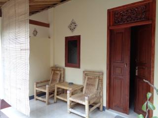 Perfect 1 bedroom Bungalow in Senggigi with Internet Access - Senggigi vacation rentals