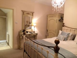 newcastle city centre 3 mins, Entire home sleeps 6 - Newcastle upon Tyne vacation rentals