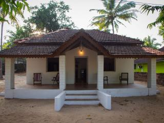 2BD Beach House, Galgibag beach, Goa - Canacona vacation rentals