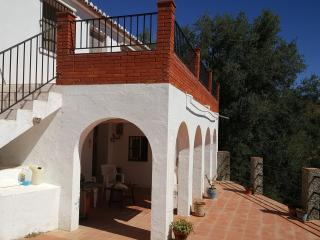 2 bedroom Finca with Internet Access in Comares - Comares vacation rentals