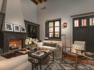 Stylish and Chic Retreat on Sollano in Historic Ce - San Miguel de Allende vacation rentals
