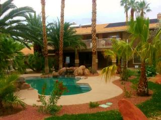 """5-STAR"" Amenities-Luxury 5 bdrm 4 bath, FREE WIFI - Las Vegas vacation rentals"
