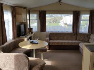 BW28 Clacton Deluxe Van, Martello Park Resorts - Clacton-on-Sea vacation rentals