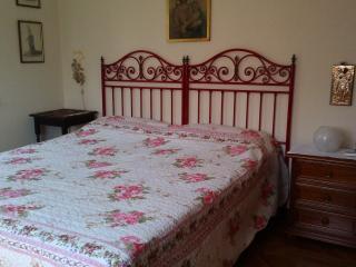 Matrimoniale con bagno in b&b a Forte dei Marmi - Forte Dei Marmi vacation rentals