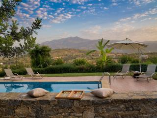 private Villa with magnificent view &Hotel service - Melidoni vacation rentals