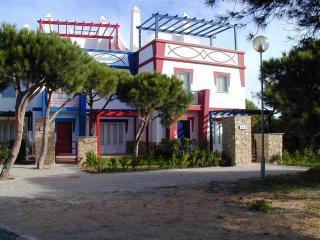 CHARMING HOUSE IN PRAIA VERDE - Castro Marim vacation rentals