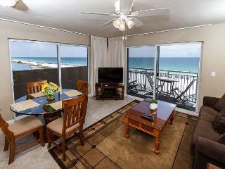 PI 401-Fantastic 2B/2Ba gulf front corner condo!  HDTVs, free Beach Service - Fort Walton Beach vacation rentals