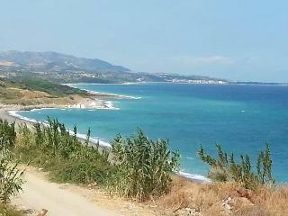 Ampio Appartamento a 20 mt dalla spiaggia - Torretta vacation rentals