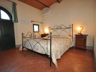 Romantic 1 bedroom Stabbia Farmhouse Barn with A/C - Stabbia vacation rentals