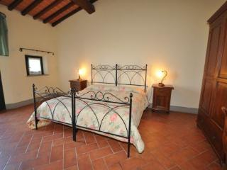 Romantic 1 bedroom Private room in Stabbia with A/C - Stabbia vacation rentals
