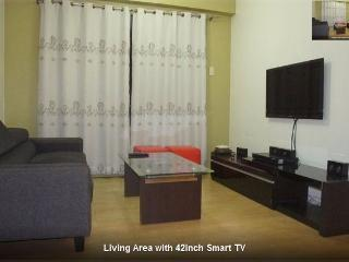 3BR Apartment/Condo with WiFi and Parking - Mandaluyong vacation rentals