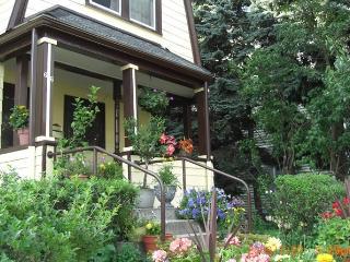 Yun's Place, a Boston B&B, near HBS - Boston vacation rentals