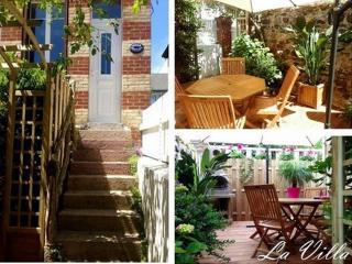 Villa en Duplex entre Plage et centre - Donville-les-Bains vacation rentals