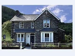 Bod Gwynedd 4 star Bed and Breakfast. Twin or King - Betws-y-Coed vacation rentals