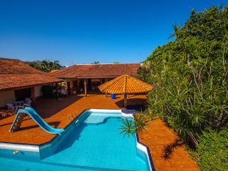 Conforto, privacidade e segurança nas Cataratas - Foz de Iguassu vacation rentals