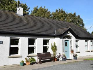Bright 3 bedroom Portaferry Cottage with Internet Access - Portaferry vacation rentals