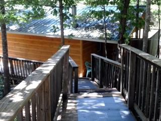 1 bedroom Chalet with Deck in Pigeon Forge - Pigeon Forge vacation rentals