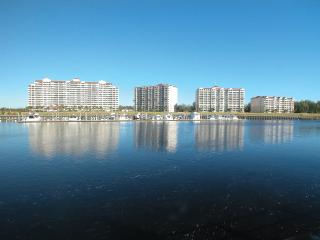 3 Bedroom/3Bath Spacious Condo on the Intracoastal - North Myrtle Beach vacation rentals