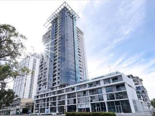 Queens Riverside Apartment - Perth vacation rentals