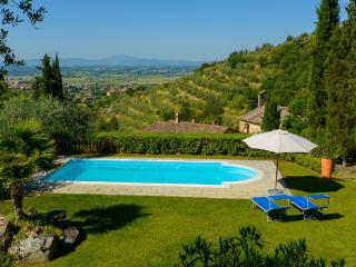 Villa le Celle del Farinaio: Tuscan home with stunning valley views, swimming pool and trampoline, sleeps fourteen - Cortona vacation rentals
