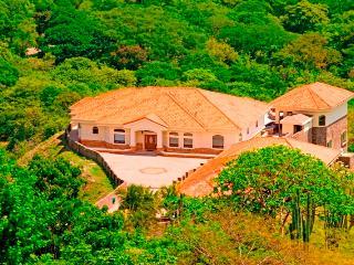5 bedroom Villa with Internet Access in Playas del Coco - Playas del Coco vacation rentals