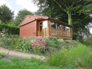 Cozy 2 bedroom Chalet in Vire with Swing Set - Vire vacation rentals