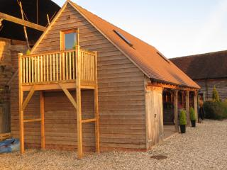 Lovely Lodge with Internet Access and Television - Leominster vacation rentals