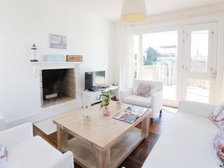 Beachfront 2 Bedroom Home in José Ignacio - Manantiales vacation rentals
