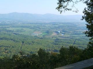 Mountain Top Chalet - has Incredible views of the Shenandoah Valley - Luray vacation rentals