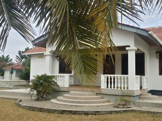 Nice Villa with A/C and Parking - Prampram vacation rentals