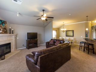New Spacious Home in a great location - Oklahoma City vacation rentals