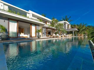 Malimbu Cliff Villa - an elite haven - Senggigi vacation rentals