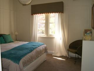 Cozy Cottage with Dishwasher and Grill - Bundanoon vacation rentals