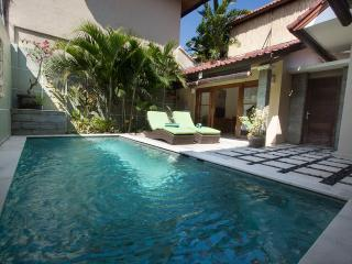 Villa Susan - Great Comfort 200m to Seminyak Beach - Seminyak vacation rentals