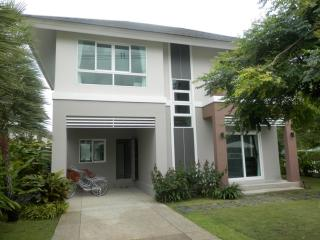 KK01 Lovely brand new house in town - Chiang Mai vacation rentals