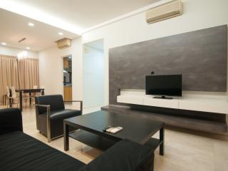 Buona Vista 3BR Serviced Apartment - Singapore vacation rentals