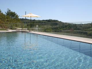 Nice Townhouse with Internet Access and A/C - Montelupo Albese vacation rentals