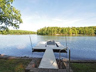 Captivating 3 Bedroom Lakefront Cottage w/ Private dock & Hot Tub! - Swanton vacation rentals