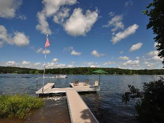 Delightful 3 Bedroom Home w/ Private Dock in Quiet & Tranquil Setting! - Swanton vacation rentals