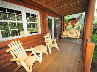 Overflowing with Character, 3 Bedroom Log Home offers privacy & a hot tub! - Oakland vacation rentals