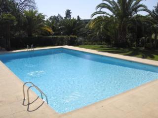 VILLA DANS RESIDENCE STANDING - Nice vacation rentals