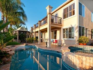 House on Top of the World in San Diego – Incredible Views, Room for 10! - San Diego vacation rentals