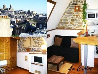 """Studette """"La Cabine"""" à 50m de la Plage - Granville vacation rentals"""