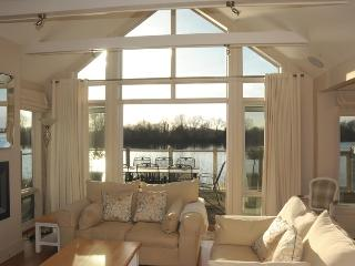 14 The Landings - South Cerney vacation rentals